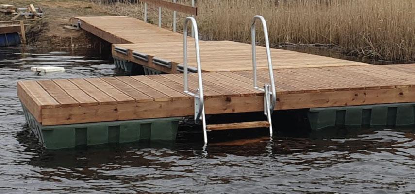 700L floats & pontoons